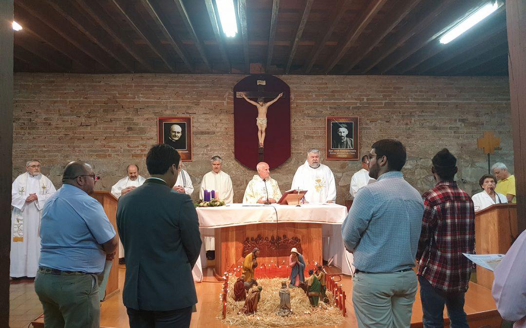 Cuatro verbitas afianzan su compromiso con Dios Uno y Trino
