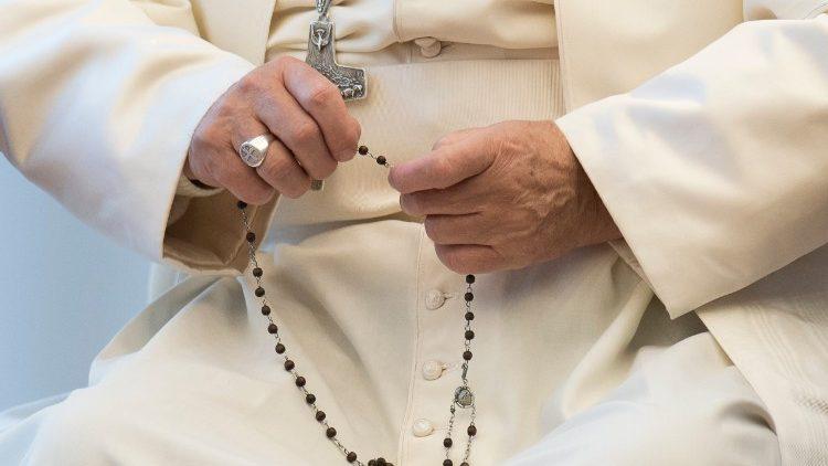 El Papa presidirá el rezo del Rosario para confiar al Señor a la humanidad
