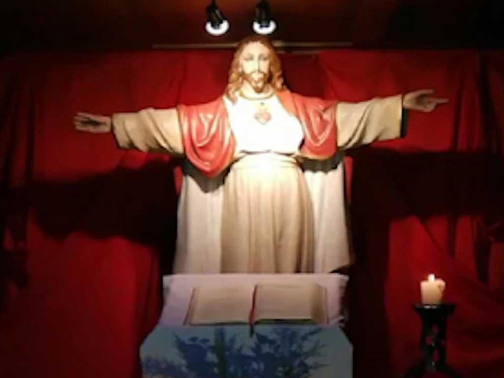 En la parroquia de Quepe rezan la Novena al Sagrado Corazón de Jesús