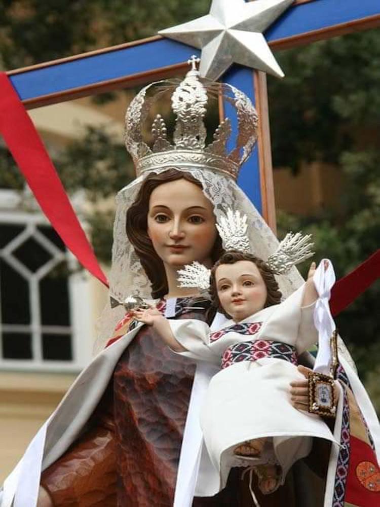 La Alegría y Sencillez de la Virgen del Carmen