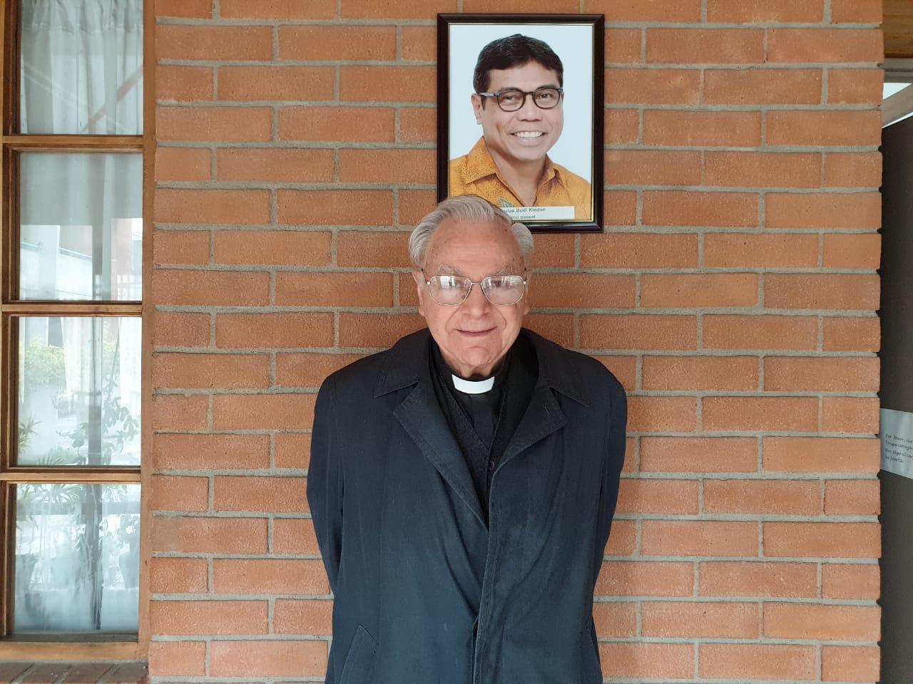 A 31 años de la ordenación episcopal de Mons. Rafael de la Barra, el primer obispo verbita chileno