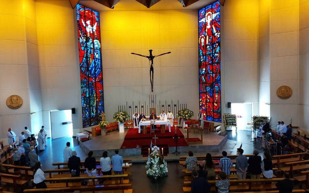 La comunidad verbita  brindó el último adiós al P. Carlos Pape SVD