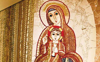 Mes de María:  Subsidios para vivir el tiempo dedicado a la madre de Jesús