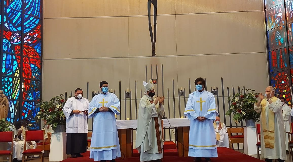 La Iglesia tiene dos nuevos diáconos verbitas