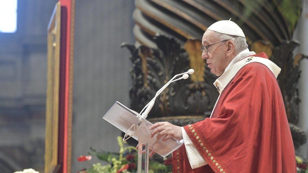 Papa: Como Pedro y Pablo, experimentemos nuestra liberación con Cristo