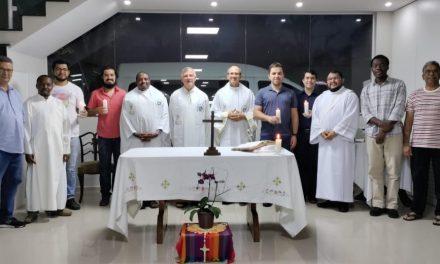 Renovación de votos de Juan Tapia, verbita chileno en formación en Brasil