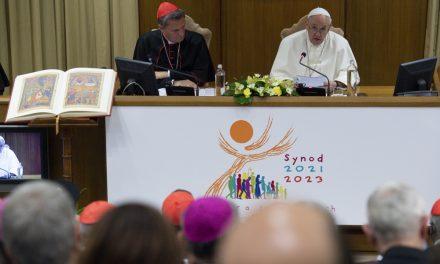 El Papa: Sínodo, es el modo de ser de la Iglesia. Escuchar al Espíritu y a los hermanos